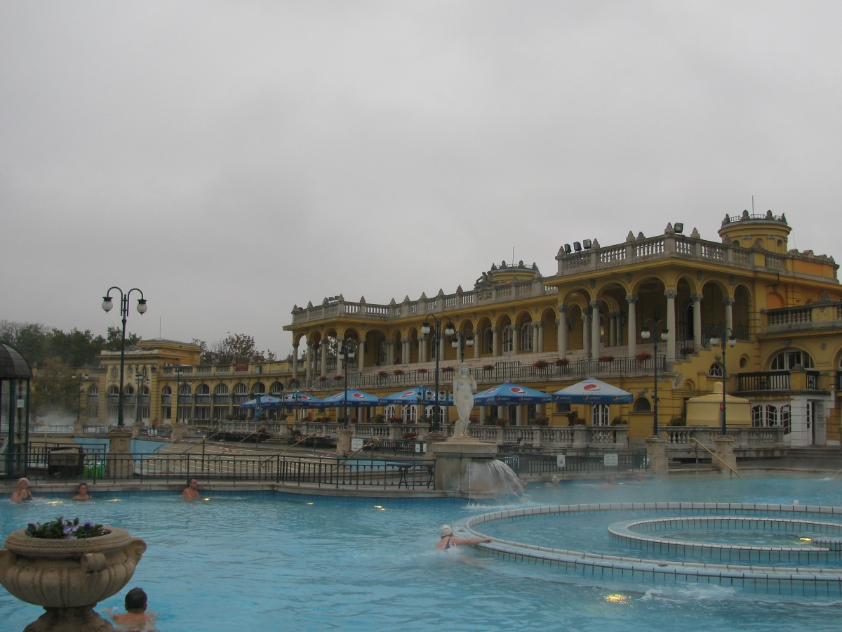 Bierfesten - Euro Beer Tour - The Spa Baths of Budapest